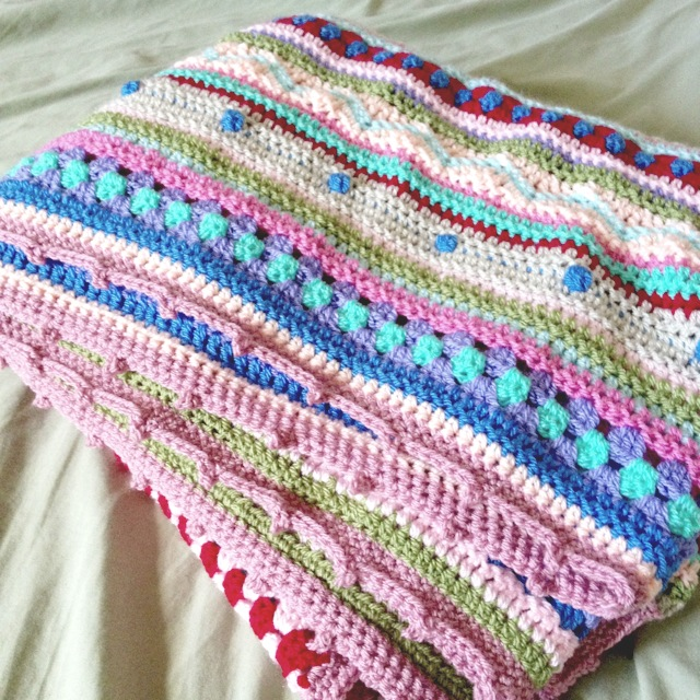 as-we-go stripey blanket | not your average crochet