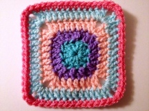 simply crochet square 4