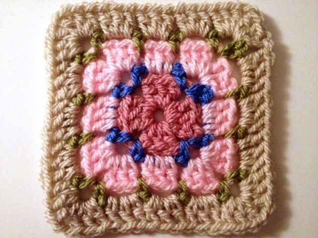 simply crochet square 5