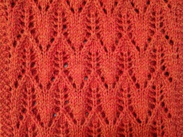 Gothic Lace Cowl - a closeup of the knitting
