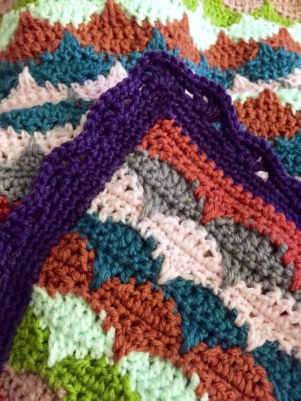 crochet clamshell blanket: border corner