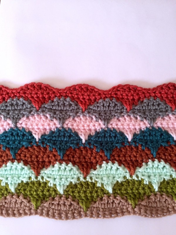 crochet clamshell blanket colors